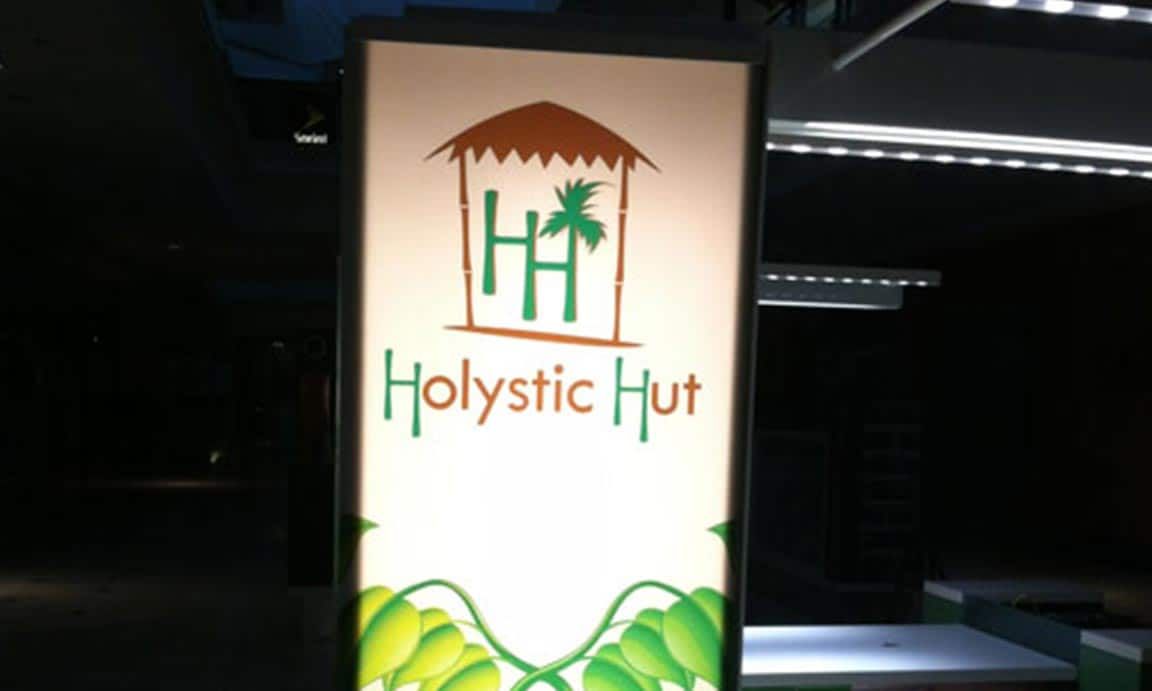 Holystic Hut, Westfield Montgomery Mall MD – Commercial